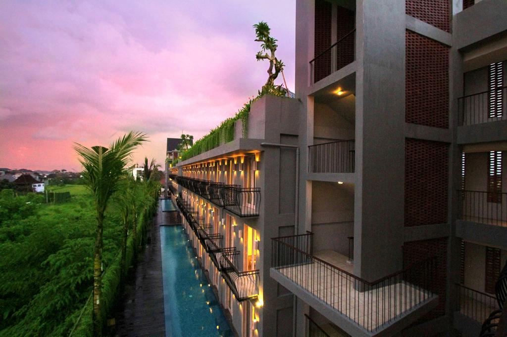 Frii Echo Beach Hotel