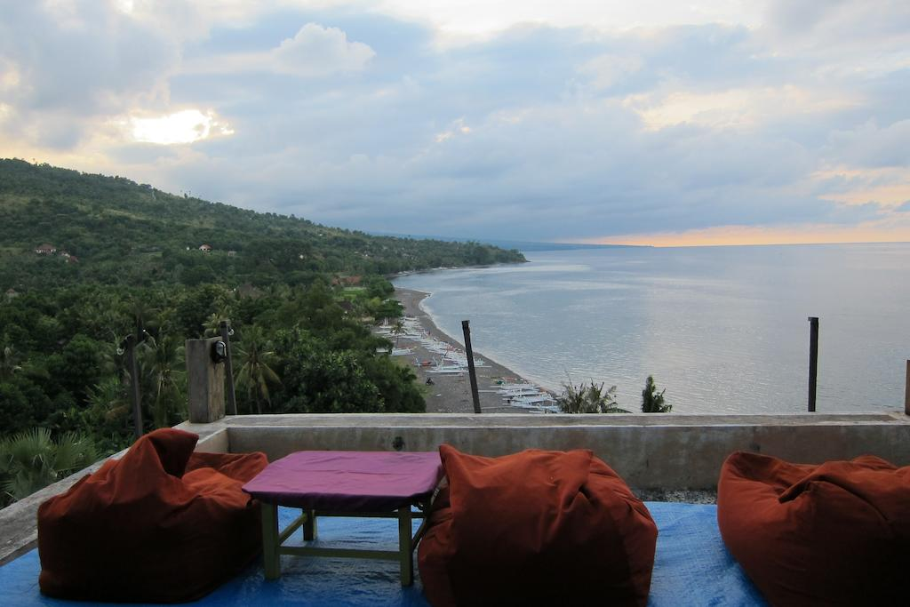 Waenis Sunset View Bungalow And Restaurant The Bali Bible